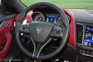 Maserati_Levante_Web__32_von_85_