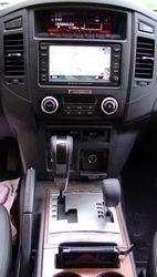 Mitsubishi_Pajero_cockpit