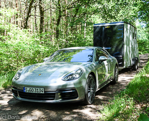 porsche panamera 4s luxus sportlimousine mit hoher. Black Bedroom Furniture Sets. Home Design Ideas