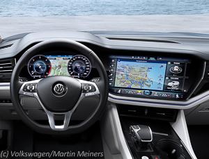 VW_Touareg_R_Line_Cockpit__1_von_1_