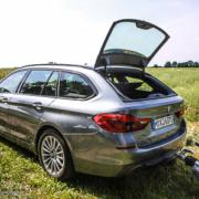 Pferdeanhänger-Zugfahrzeugest-BMW-530-48-180x180