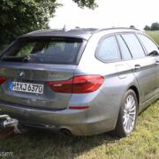 Pferdeanhänger-Zugfahrzeugest-BMW-530-69-180x180