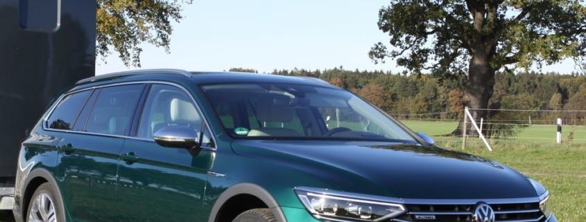Pferdeanhänger-Zugfahrzeug VW Passat