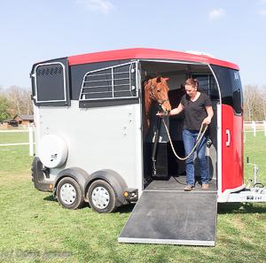 Pferdeanhaenger-Ifor-Williams-51-von-56