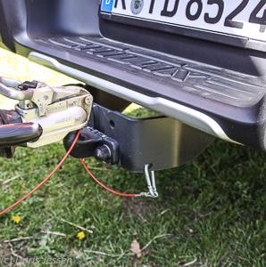 Pferdeanhaeger-Zugfahrzeug-Toyota-Hilux-Executive_Web-35-von-45