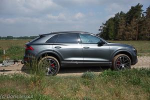 Pferdeanhaenger-Zugfahrtest-Audi-Q-8-w-36-von-54