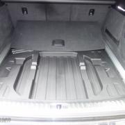 Pferdeanhänger-Zugfahrzeug-Audi-A-6-Avant-28-180x180