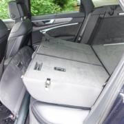 Pferdeanhänger-Zugfahrzeug-Audi-A-6-Avant-32-180x180