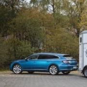 Pferdeanhaenger-Zugfahrzeug_VW-Arteon_2-180x180