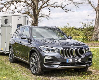 Pferdeanhänger-Zugfahrzeug BMW X5