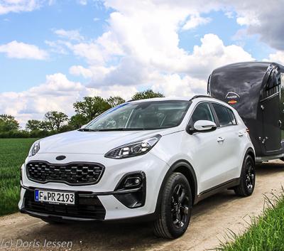 Pferdeanhaenger-Zugfahrzeugtest-KIA-Sportage_W
